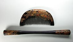 Kushi & Kogai Kanzashi - Paulownia Leaves and Flowers Hair Comb and Hair Ornament Set. Carved, Hand-Painted and Maki-e Lacquered Wood. Circa Meiji Period.