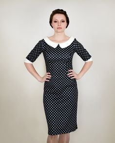Kleid in Stiftform mit Bubikragen // Polka dot pencil dress with Peter Pan collar by Femkit via DaWanda.com