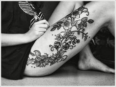 Anchor rose thigh tattoos Ideas 42-flower-thigh-tatt