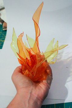 Need to make some fake fire? This tutorial will show how to craft your own handheld flame out of TranspArt dyed with iDyePoly. Cosplay Tutorial, Cosplay Diy, Halloween Crafts, Halloween Decorations, Church Altar Decorations, Samhain Decorations, Fake Fire, Fire Crafts, Plastic Bottle Art