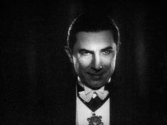 Classic Horror Movies, Horror Films, Funny Horror, Vampiro Real, Playlists, Classic Hollywood, Old Hollywood, Vampires, Lugosi Dracula