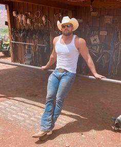 Fit Men Bodies, Hot Country Boys, Cowboys Men, Cowboy Up, Muscular Men, Athletic Men, Hairy Men, Good Looking Men, Gorgeous Men
