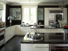 kitchens with black granite countertops – Kitchen cabinets Kitchen Cabinets Black And White, Dark Granite Countertops, Grey Painted Kitchen, Small White Kitchens, Kitchen Cabinets And Countertops, Black Kitchens, White Cabinets, Kitchen White, Black Counters