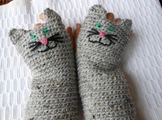 Crocheted Fingerless Mittens Gloves Grey Tweed Cat by MyKnitCroch
