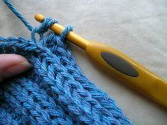 Crochet stitch that looks like a knit stitch, with photo tutorial ~k8~