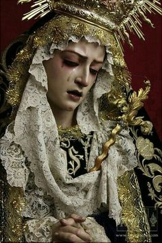 Stay 🎶Hoping n Wishing n Dreaming🎶 Religious Icons, Religious Art, Religion, Our Lady Of Sorrows, Blessed Mother Mary, Catholic Art, Poses, Aesthetic Art, Dame