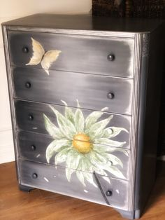 Vintage Austinsuite dresser /chest of drawers. In blended greys with daisy and butterfly. Grey Dresser, Chest Dresser, Dresser Drawers, Chest Of Drawers, Vintage Dressers, Vintage Furniture, Lingerie Dresser, Lace Stencil, Paint Furniture