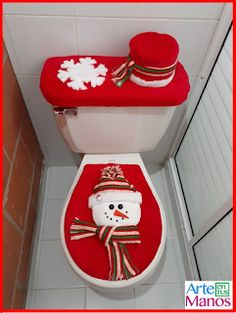 Wall Christmas Tree, Snowman Christmas Decorations, Christmas Table Centerpieces, Snowman Crafts, Blue Christmas, Christmas Snowman, Christmas Time, Christmas Applique, Crochet Christmas Ornaments