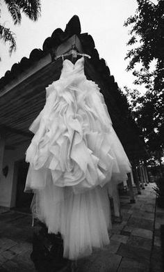 Vera Wang Diana 4  If I don't have this dress for my wedding...I will just cry