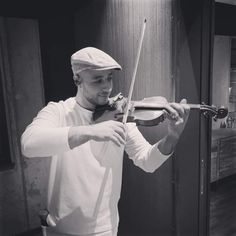 Maher Zain, Violin, Music Instruments, Musical Instruments