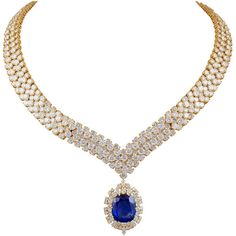 VAN CLEEF ARPELS Diamond and Sapphire Necklace and Brooch/Pendant ❤ liked on Polyvore featuring jewelry, necklaces, royal jewellry, sapphire pendant, diamond jewelry, sapphire diamond necklace, diamond jewellery and diamond pendant jewelry