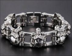 HEAVY Chain Skull Silver Biker Bracelet Overview: Item Type: Bracelet Gender: Unisex Material: Metal Material type: Stainless Steel Length: 22 cm - cm - 23 cm Processing Time: 1 - 5 Days Shipping Time: 12 - 20 Business Days We do not ship APO,FPO address Bracelet Tattoo For Man, Skull Bracelet, Skull Jewelry, Bracelet Tattoos, Men's Jewelry, Skull Rings, Jewellery, Silver Chain For Men, Gold Chains For Men