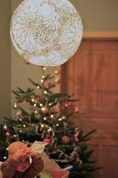 Como hacer una lampara a partir de blondas! muy facil!