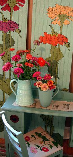 Zinnias: Zinnias are my favorite flowers. I grow them every year. (Gardenias, Lilac, Honeysuckle...)