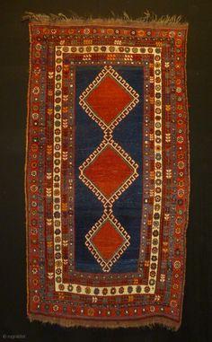 wonderful Kashgai rug,,all natural cm ft Tribal Rug, Surface Design, Vintage Rugs, Ethnic, Bohemian Rug, Weaving, Carpet, Texture, Colour