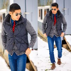 Leo Chan - Daniel Wellington, Ray Ban Caravan, Clarks Desert Boots, Gap Cardigan, 'Stapleton' Black Leather Trimmed Down Vest - Winter Layers