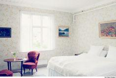 CURRiCULUM ViTAE: Hotel Mundal in the western part of Norway Decor, Furniture, Interior, Home Decor Decals, Hotel, Home Decor, Bed, Interior Photography