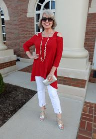 Best Fashion Tips For Women Over 60 - Fashion Trends Mature Fashion, 60 Fashion, Over 50 Womens Fashion, Fashion Looks, Fashion Outfits, Fashion Tips, Fashion Trends, Women's Fashion, Fashion Women