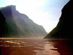China. 'Wu Gorge', Yangtze Cruise, Upstream.