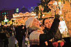 Dagaanbieding: Duitse gezelligheid tijdens de kerstmarkt in de omgeving van <b>CenterO Oberhausen</b> Bekijk deze dagaanbieding op https://vriendendeal.nl/product/dagaanbieding-duitse-gezelligheid-tijdens-de-kerstmarkt-in-de-omgeving-van-centero-oberhausen/