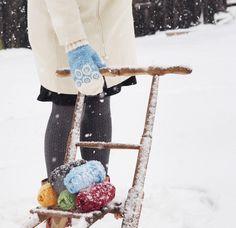 Vinter-OS, alltså! Vilken oslagbar folkfest det är!! Ända sedan jag var liten har jag suttit bänkad framför tv:n och hejat fram skidåkare efter skidåkare, hållit mig vaken på konstiga tider …