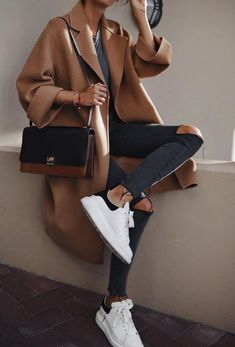 70 Die besten Streetstyle-Modeideen des Jahres - Doozy List - Outfit Inspo 70 The Best Street Style Fashion Ideas of the Year - Doozy List - Outfit Inspo - ideas Moda Instagram, Looks Chic, Looks Style, Moda Zara, Estilo Cool, Fashion Outfits, Womens Fashion, Fashion Ideas, Style Fashion