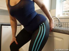 Hot curves in tight lycra and spandex #lycra #spandex #adidas #curves #sexy #legings