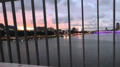 Time Lapse Sunset, Brisbane - 30/4/2016 Brisbane, New York Skyline, Audio, Sunset, Videos, Travel, Viajes, Destinations, Sunsets