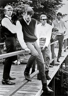 the swingin sixties:    The Sonics