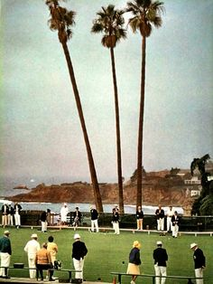 Photographed by Slim Aarons -laguna beach bowling greens Slim Aarons Prints, Old Money, Attractive People, Laguna Beach, Print Pictures, Life Is Good, Travel Inspiration, Dolores Park, Wildlife