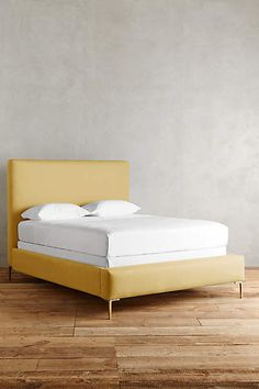 Linen Edlyn Bed