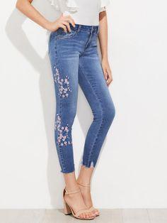 Cherry Blossom Embroidered Slashed Hem Jeans -SheIn(Sheinside)