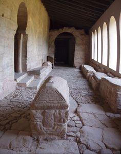 Suso.6 - Monasterio de San Millán de Suso - Wikipedia, la enciclopedia libre