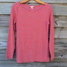 Banana Republic Red stripes boat neck Very nice, soft striped top. 25 inches shoulder to hem. Excellent condition. Banana Republic Tops