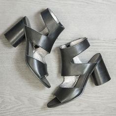 These block heel san