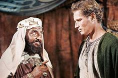 """Hugh Griffith and Charlton Heston in """"Ben-Hur"""" (1959)  Hugh Griffith - Best Supporting Actor Oscar 1959"""