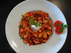 ΓΙΓΑΝΤΕΣ ΣΤΟ ΦΟΥΡΝΟ  #Συνταγή για #φασόλια γίγαντες στον #φούρνο …