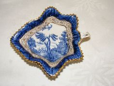 Vintage BOOTHS Real Old Willow (Silicon China) Bonbon/Nut/Pin DISH leaf sawtooth