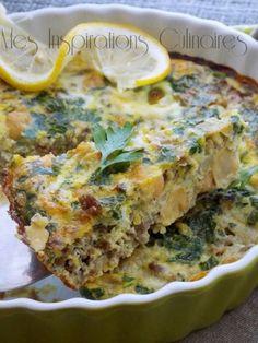 maadnoussia a la viande hachee1 Algerian Recipes, Algerian Food, Plats Ramadan, Baked Omelette, Tunisian Food, Ramadan Recipes, Exotic Food, Arabic Food, Raw Vegan