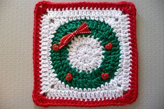 Transcendent Crochet a Solid Granny Square Ideas. Inconceivable Crochet a Solid Granny Square Ideas. Crochet Motif Patterns, Christmas Crochet Patterns, Holiday Crochet, Granny Square Crochet Pattern, Crochet Blocks, Crochet Squares, Crochet Granny, Diy Crochet, Crochet Crafts