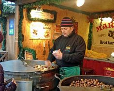 Best Food Finds at European Christmas Markets Danube River Cruise, Christmas Markets Europe, Life List, World Market, Vacation Spots, Marketing, Mulled Wine, Homemade Food, Winter Time