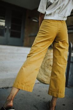Spring Fashion Tips .Spring Fashion Tips Look Fashion, Fashion Outfits, Womens Fashion, Fashion Tips, Classy Fashion, Mode Style, Style Me, Easy Style, Summer Outfits