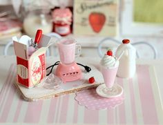 Miniature Making Strawberry Milkshake Set by CuteinMiniature, $36.00