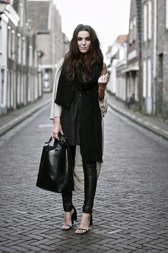 fashion streetstyle - leather pants