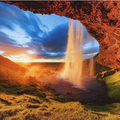 Seljalandsfoss, Iceland Photography by @fpenta