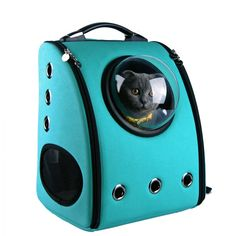 ♥ Cool Cat Accessories ♥ Your indoor cat will never be an astronaut (let's face it), but with the right accessories, your furry friend can feel like one. New York-based company U-Pet has created a special backpack that affords a feline the opportunity to Cat Backpack Carrier, Cat Carrier, Animal Gato, Pet Bag, Hamster, Cat Dog, Cat Accessories, Cat Colors, Dog Crate