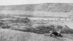 A collection of historical photos from Drumheller and the surrounding badlands. Photos were chosen from the Glenbow Archives. Big Draw, Coal Mining, Newcastle, Historical Photos, Explore, Landscape, Historical Pictures, Landscape Paintings, Scenery