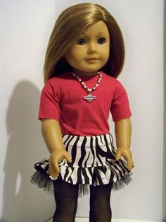 """Adorable outfit """"mod""""with necklace"""