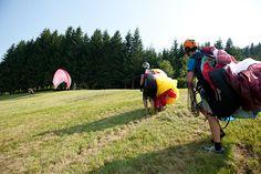 Gleitschirmfliegen lernen. Schnupperkurs Region Schladming Ramsau Dachstein. © viaframe.de