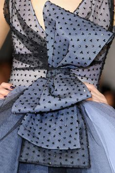 Christian Dior Couture Details Spring 2012 - Indulge in a Decade of Dior Couture Runway Details - Photos Couture Details, Fashion Details, Timeless Fashion, High Fashion, Little Presents, Christian Dior Couture, French Fashion Designers, Runway Fashion, Womens Fashion